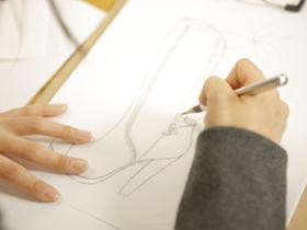 専門学校ヒコ・みづのジュエリーカレッジシューメーカーのイメージ