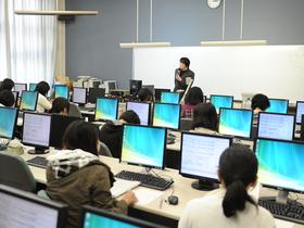 信州豊南短期大学言語コミュニケーション学科 情報・環境のイメージ