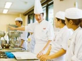 辻製菓専門学校製菓衛生師本科 ダブルライセンスクラス(年限は1年+1年)のイメージ