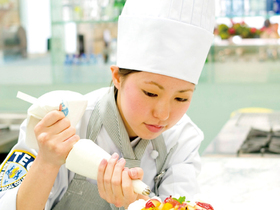 辻学園調理・製菓専門学校製菓パティシエ科のイメージ