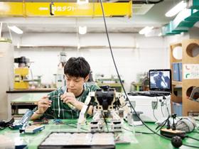 大阪工業技術専門学校ロボット・機械学科のイメージ