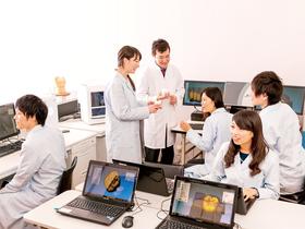 東海歯科医療専門学校歯科技工士科のイメージ