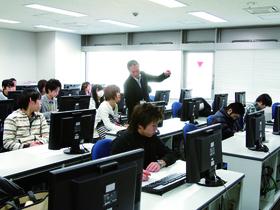 トライデント コンピュータ専門学校高度情報学科 システム開発専攻のイメージ