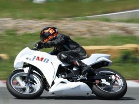 日本モータースポーツ専門学校 大阪校モーターサイクル学科のイメージ