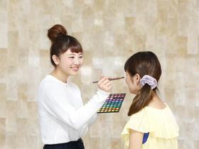 国際テクニカル美容専門学校トータルビューティ学科 メイクコースのイメージ