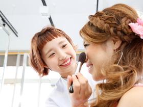 国際テクニカル美容専門学校美容学科 美容師.ブライダル・メイク・ネイル・アイラッシュコースのイメージ