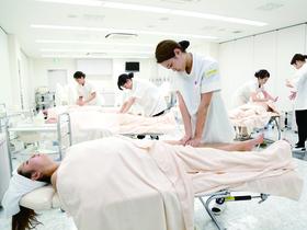 窪田理容美容専門学校理容学科 認定エステティシャン取得コースのイメージ