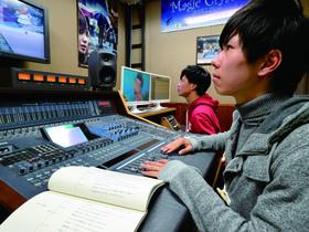 札幌放送芸術専門学校クリエイティブデザイン科 アニメスタッフコースのイメージ