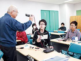 大阪工業技術専門学校ロボット・機械学科 電気機械専攻 電気コースのイメージ
