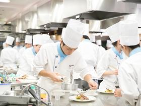 香川調理製菓専門学校テクニックコース(調理師科1年+製菓科1年)のイメージ