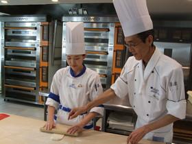 国際フード製菓専門学校製菓製パン科夜間部2年制のイメージ