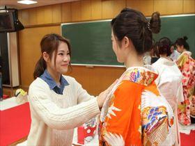 高津理容美容専門学校●美容科 ブライダルスタイリスト専攻のイメージ