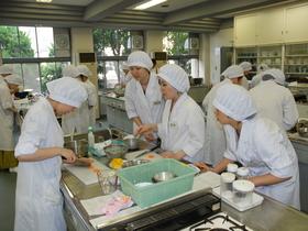 京都文教短期大学食物栄養学科のイメージ